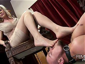 kinky ginormous bosses Headmistress Brandi love predominates her employee in the office