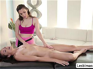 big-titted babe Valentina Nappi likes scissor drilling Avi love