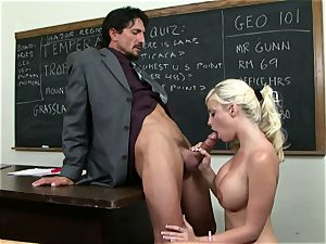 Classroom sweetie Britney Amber gets a lesson in providing head
