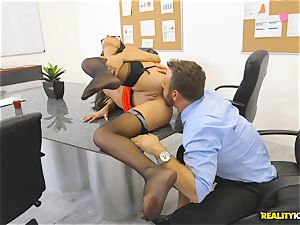 Office nail with the assistant Aubrey Rose who happens to be the bosses daughter