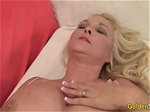 phat bra-stuffers blondie grandma Sara Skippers delectations a lucky aged fellow