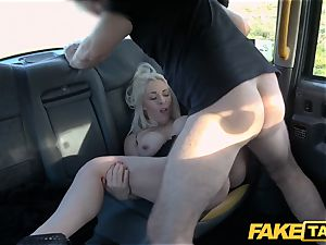 faux cab ash-blonde milf Victoria Summers banged in a cab