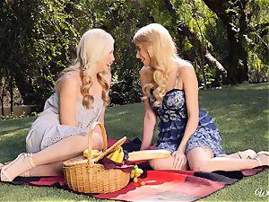 Samantha Rone and Penelope Lynn picnic and vagina play