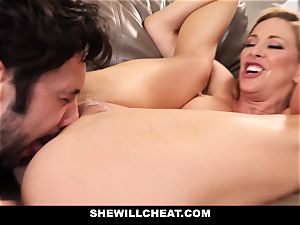 SheWillCheat hotwife wifey Gags on weenie