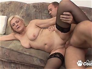 Mature blonde drilling and gets facial cumshot